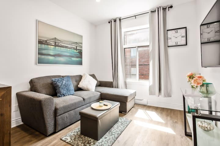 6Newly renovated studio the heart of mile end