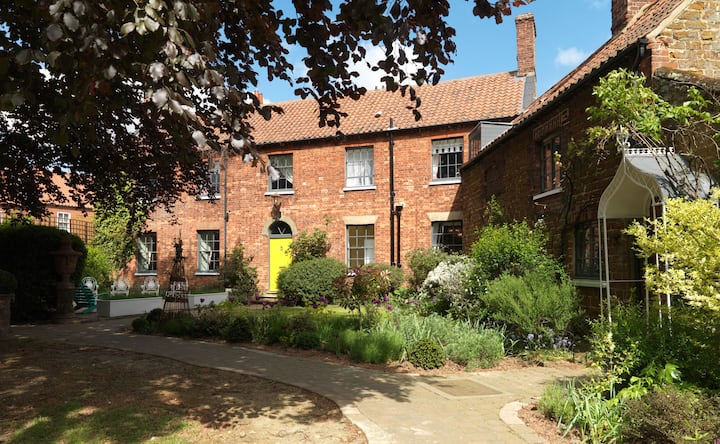 Smart house in the charming North Norfolk village