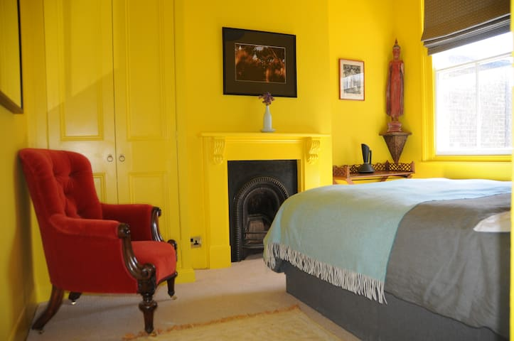 Artist's home in vibrant Camberwell