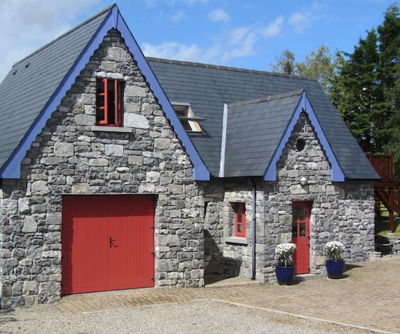 Stunning & Cosy Cottage, near Kinvara, Co. Galway - Galway