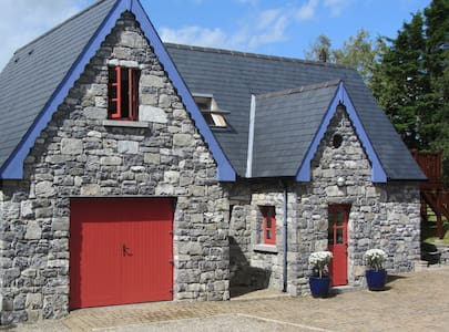 Stunning, Luxurious Cottage, Nr Kinvara Co. Galway