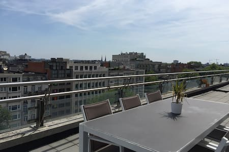 Room with terrace @ centrum Antwerp