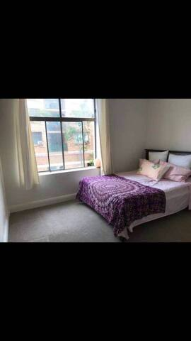Room in central Manly