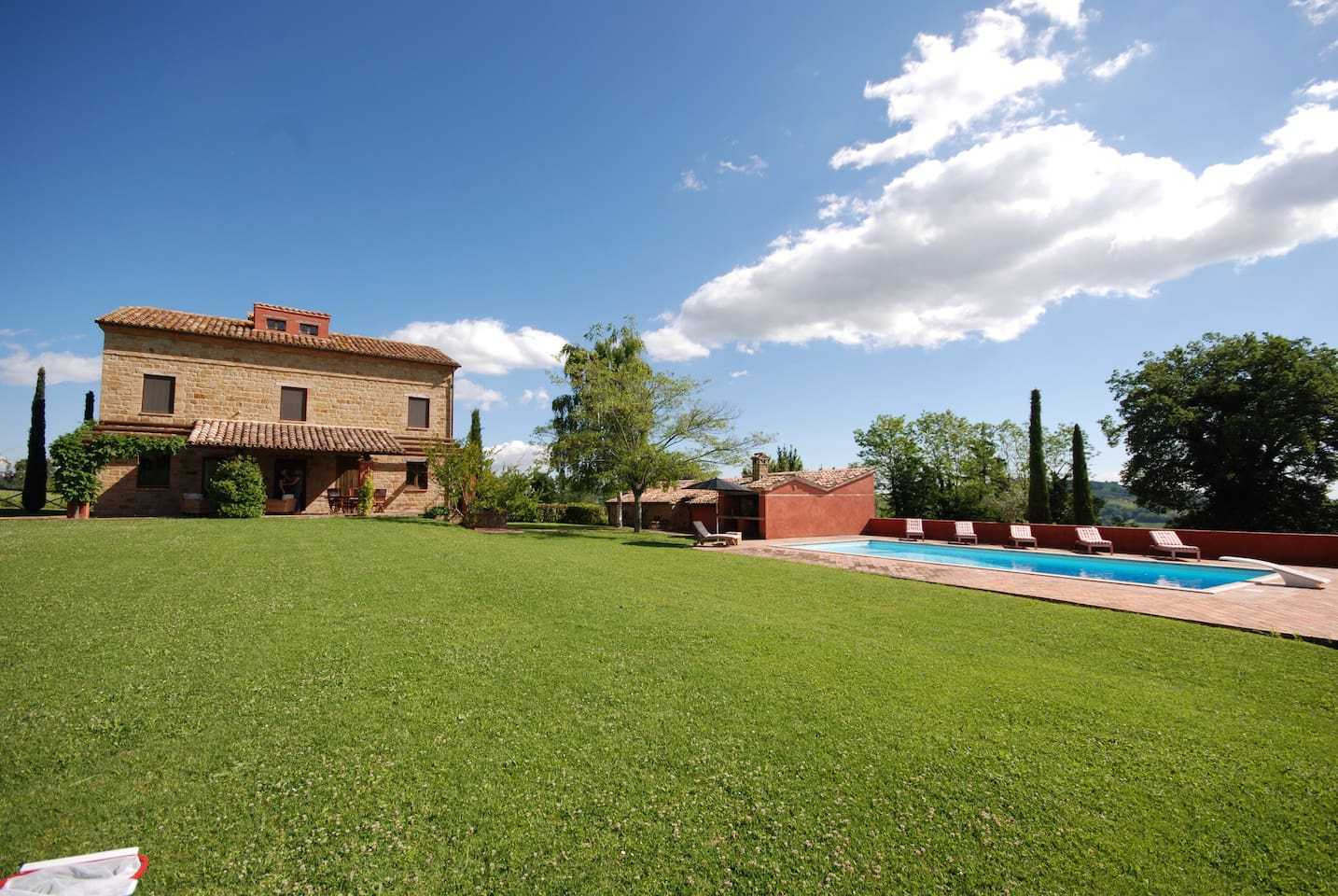 Beautiful Farmhouse with large 13m swimming pool