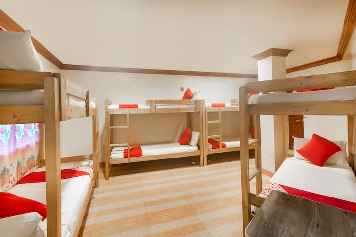 Standard Bunk 8 Bed Stay@Ging Ging Tourist Inn