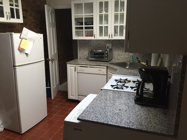 1BR in West Village/Meat Packing