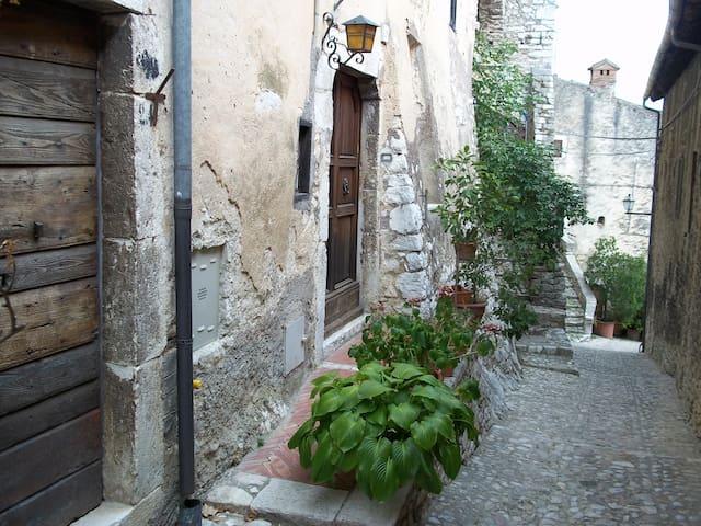 Casa Silvia - Labro - House