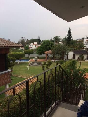 Disfruta Lomas de Cocoyoc, Morelos - Cocoyoc - Byt