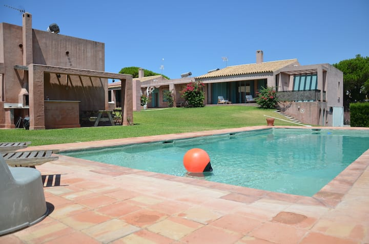 Bohemian Villa Beach & Pool 2