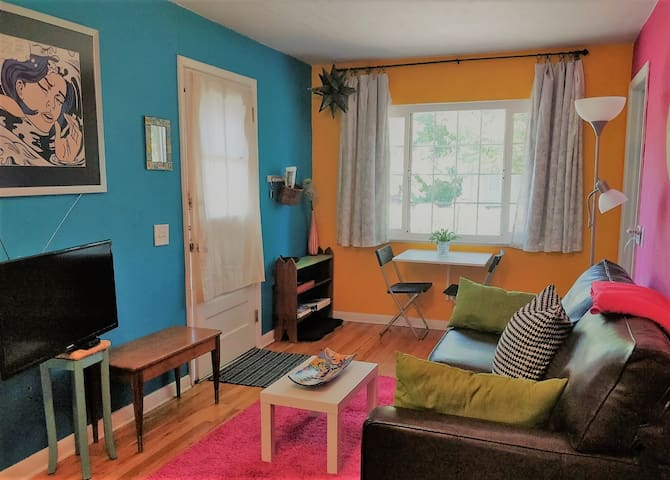 Affordable S. Denver Guest House