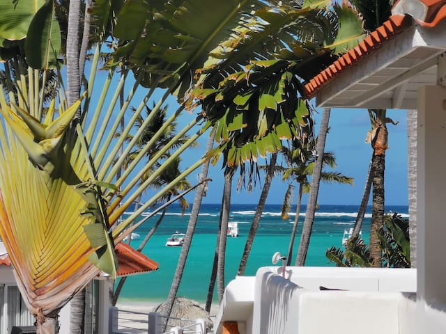 OCEAN VIEW BALCONY VILLA 9ppl Beach Pool Wifi