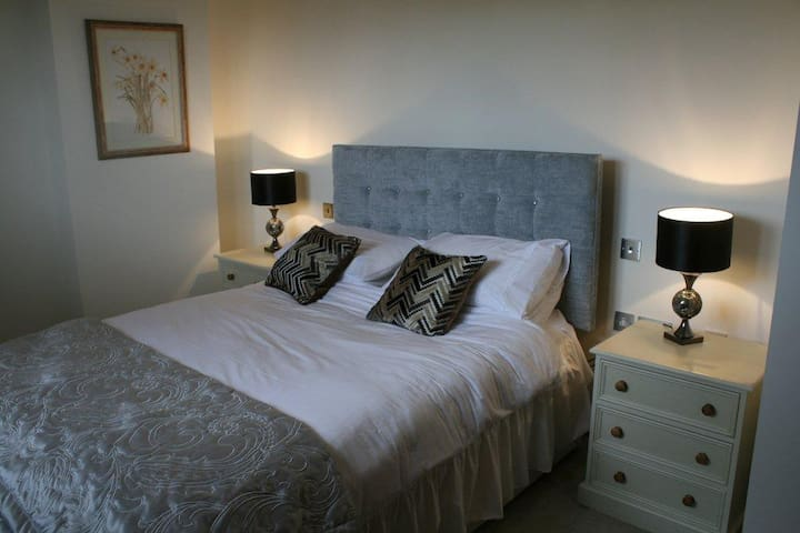 Farm Cottage B&B, Near Longleat