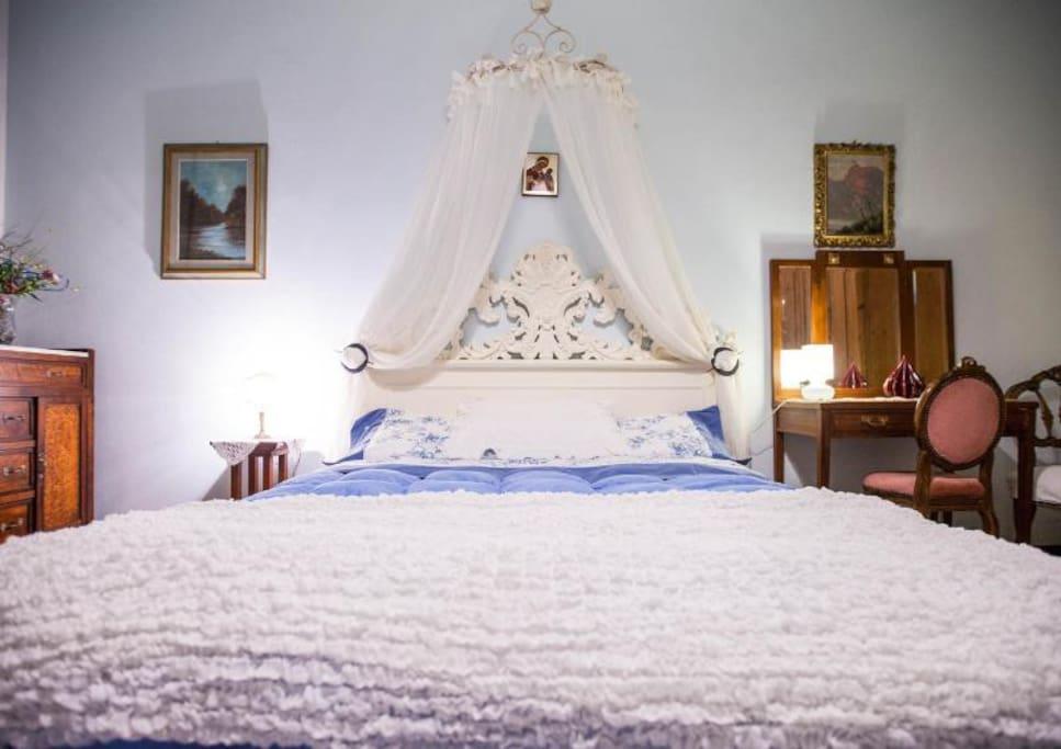 Double Bedroom 1  (Perspective 2)