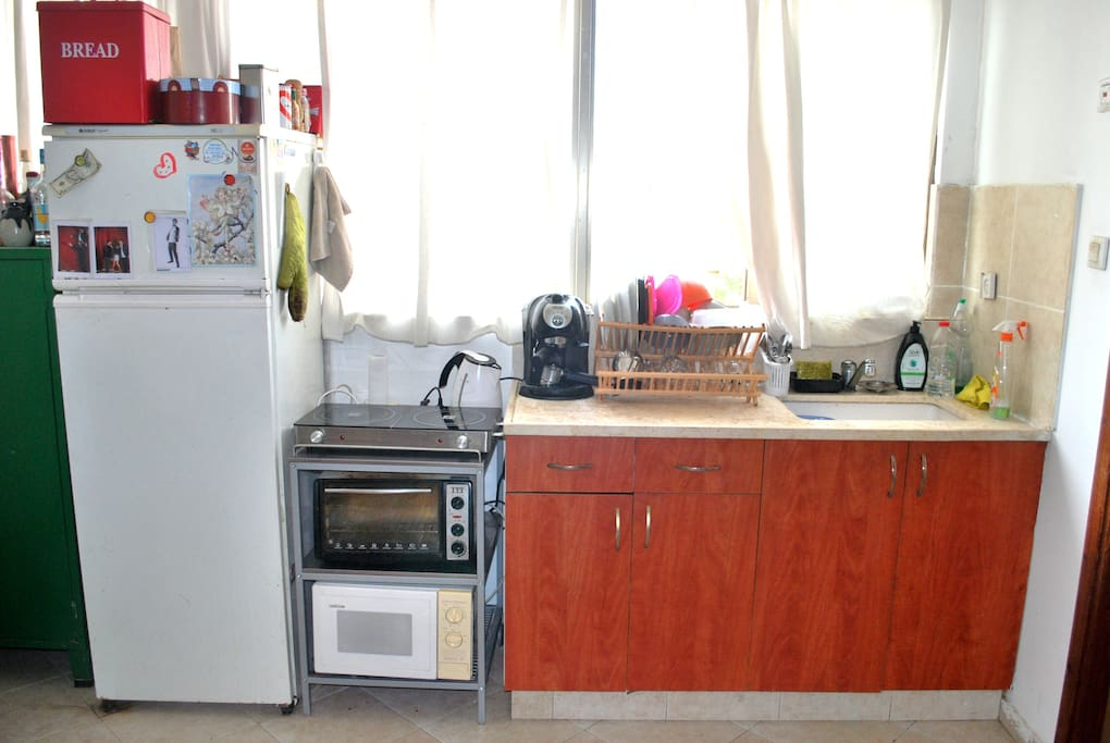 Kitchen with all the accessories to make a good meal