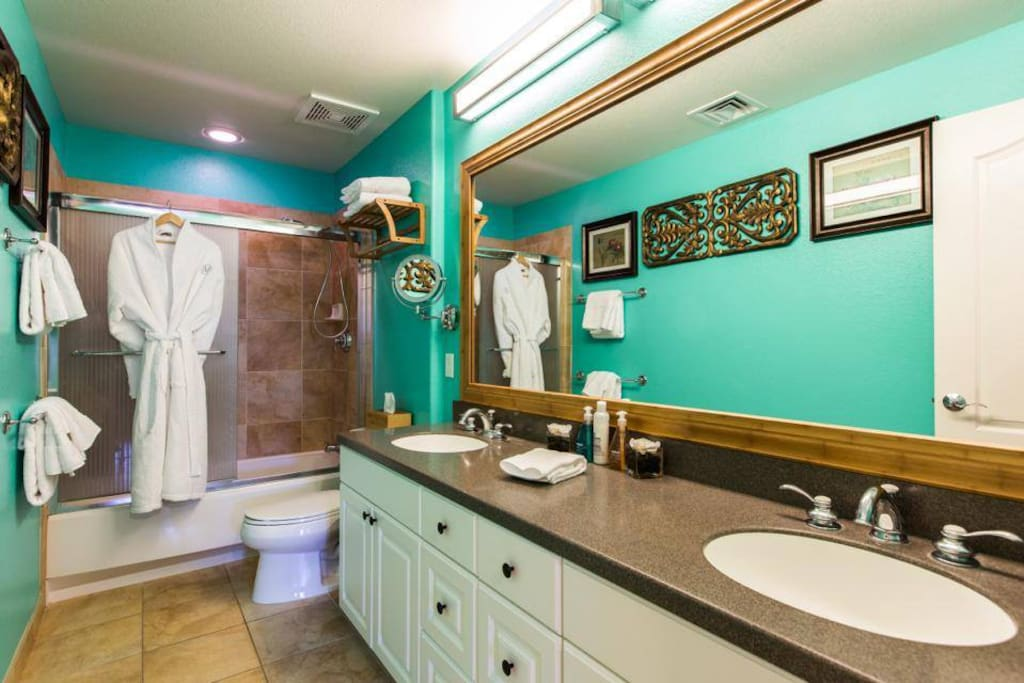 Master bedroom bathroom- robes and high quality linens included!