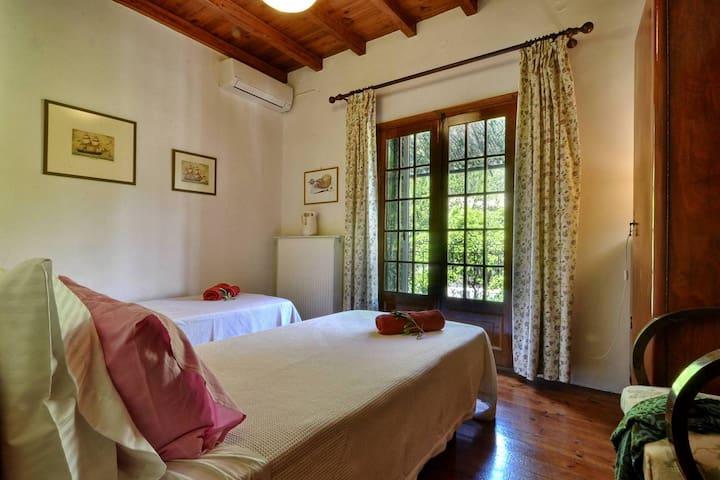 Bedroom no 3 , first floor