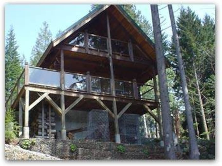Lakefront log cabin overflow houses for rent in mount for Washington state cabins for rent