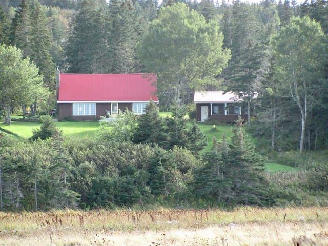 Charming Nova Scotia Oceanfront Vacation Rental