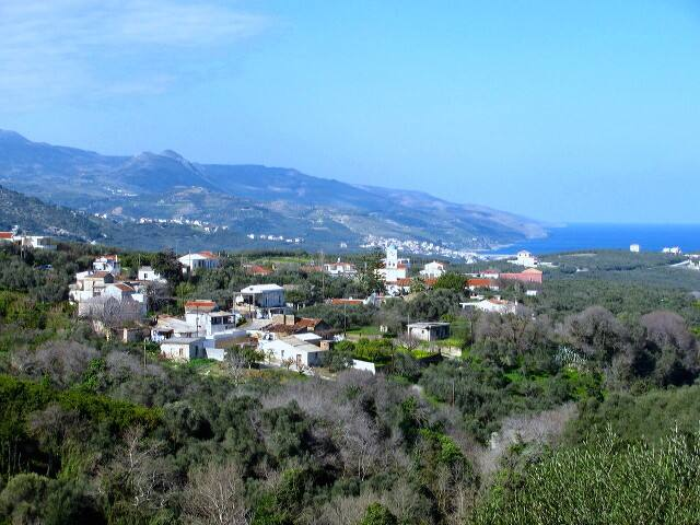 Traditional Cretan Village Retreat - La Canea
