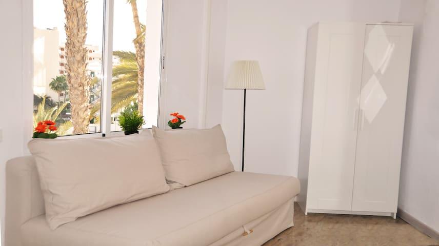 Near C.C. Yumbo-Playa Ingles-COZY 20 m2 APARTMENT