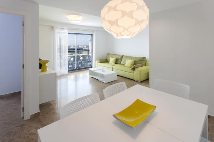 Apartment with modern decoration. Ideal for families.