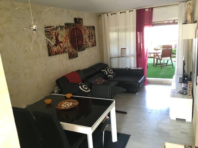 Apartamento cómodo y luminoso en urbaniz cerrada - Torre de Benagalbón - Apartamento