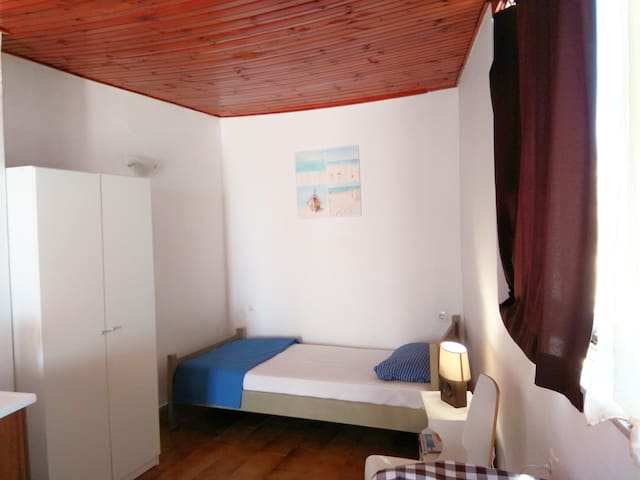 Appartment(studio) for 1 person  with sea view
