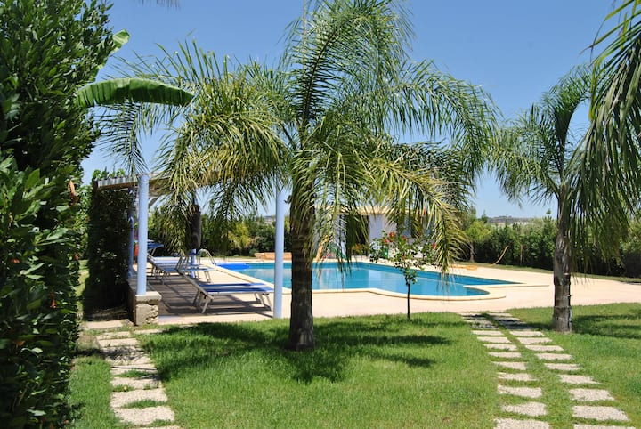 Villa Cuncutedda Holiday apartment with pool