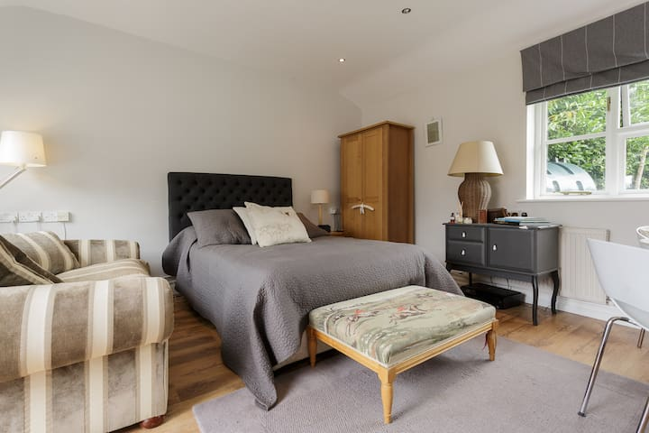 Stunning Studio apartment for 2 - Midhurst - Apartemen