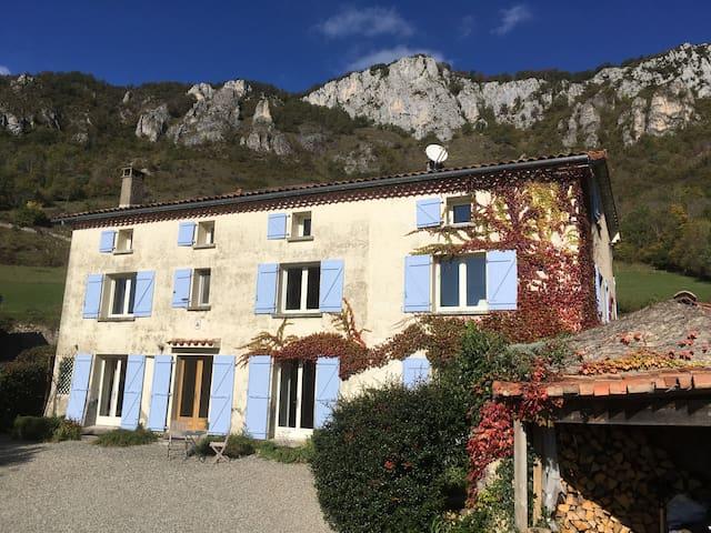 Gite Le Pastourel - a home with a view