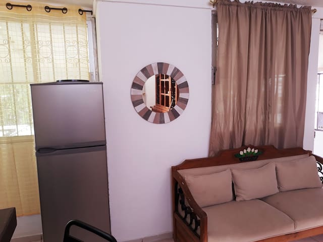 2 bedroom apartment, 5 min from the beach