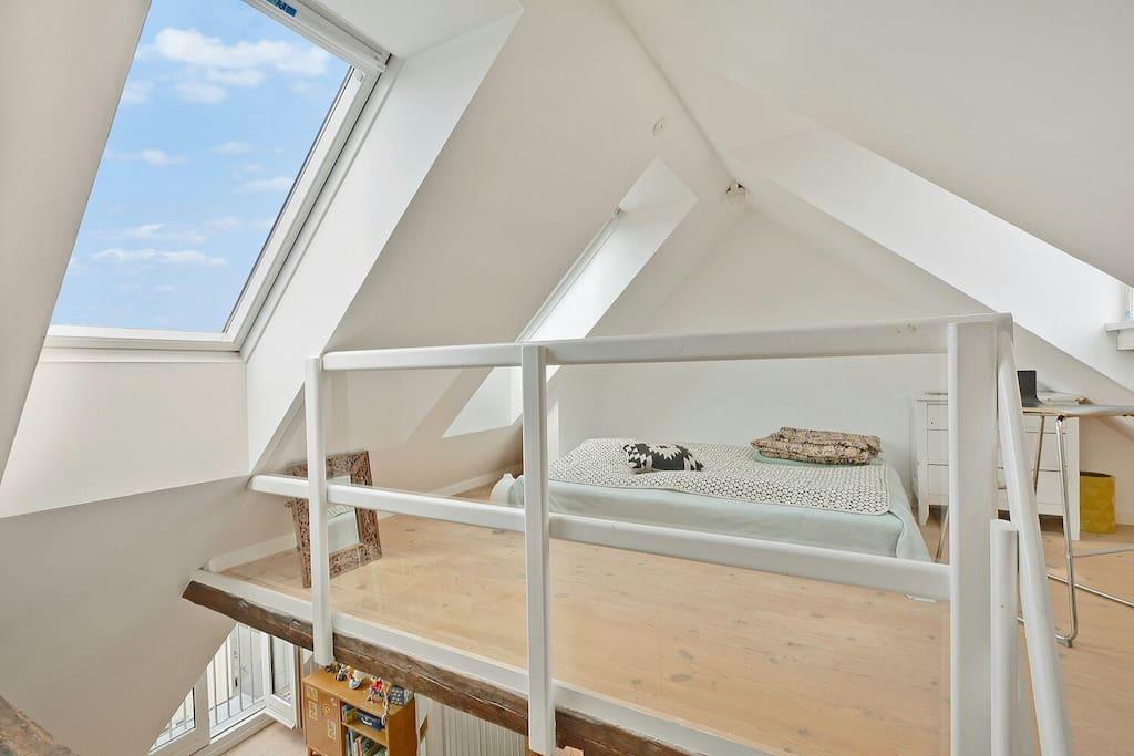 The 3rd floor bedroom with Copenhagen skyline view