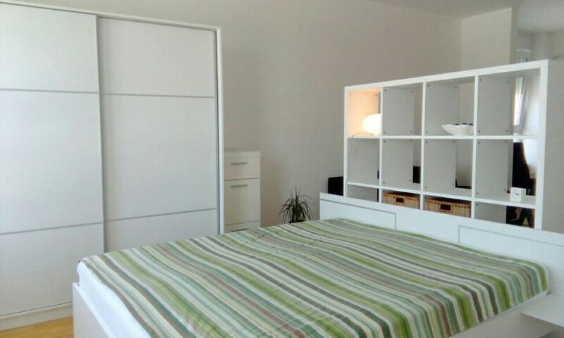 Modern flat in exclusive estate
