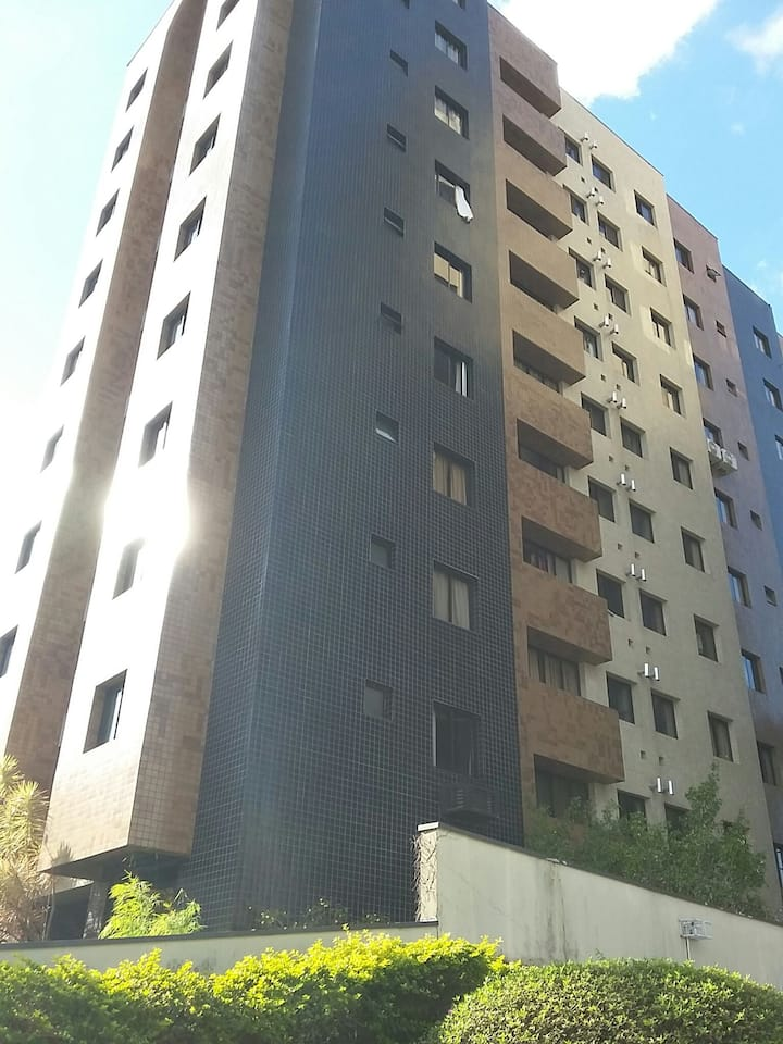 Excelente apartamento, ótima localização!