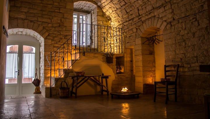 PIETRA VIVA - antica casa in pietra