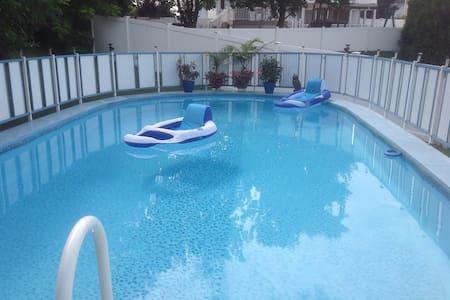 Summer retreat - Edgewood - Hus