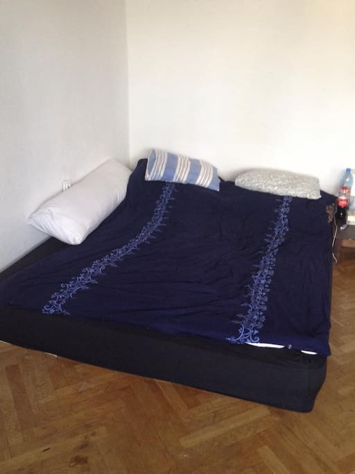 Bed for 2 people