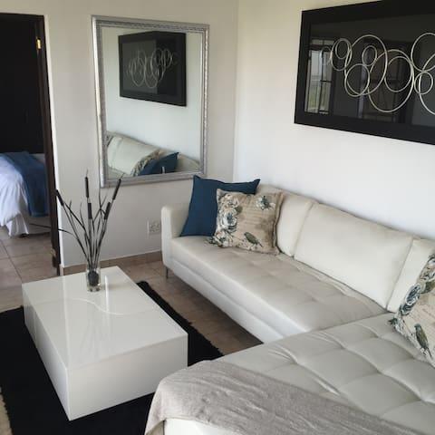 Eagles Nest   Executive Apartment - Johannesburg South - Apartemen
