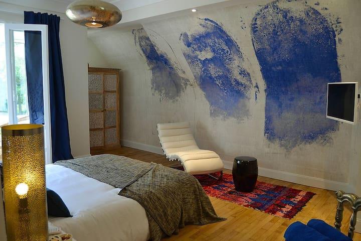 Villa Louisa - Chambre Topaze - Bobital - ที่พักพร้อมอาหารเช้า