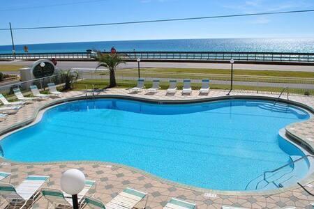 FREE Beach Service!2BR Luxury!2 Pools