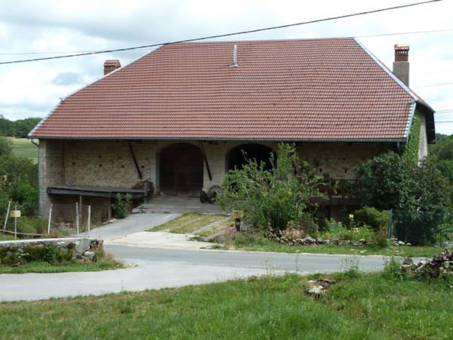 Maison vu depuis la rue