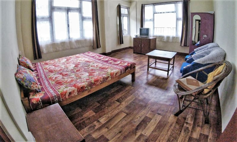 SHYAR SIKKIMESE GUEST HOUSE