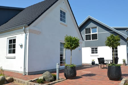 B&B Munkebo ved Ho Bugt (Apart. 1) - Billum - Bed & Breakfast