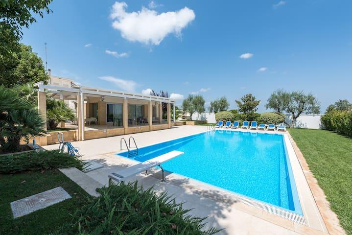 villa moderna con piscina e jacuzzi - Mariotto - Casa de campo
