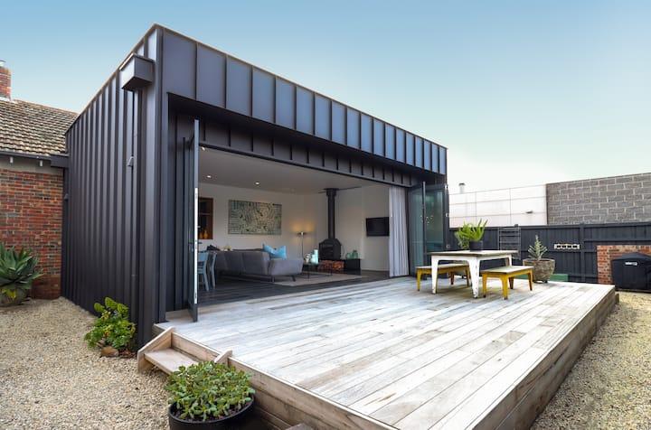 Luxe Home|3 Bed|3 Bath|Wood Fire|Air-Con|Sleeps 8