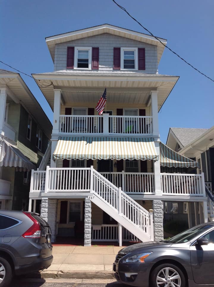 2BR, sleeps 6, close to beach and boardwalk, OCNJ