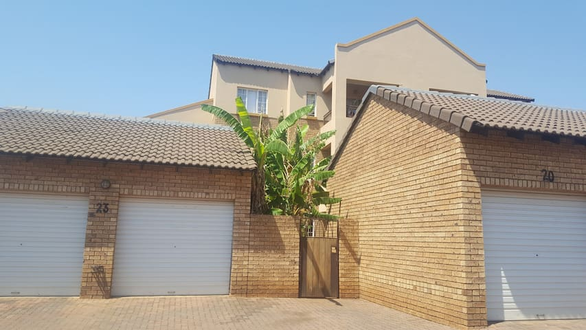 House in a Secure Estate to share with owner