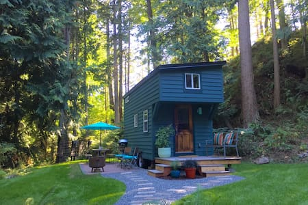 Tiny House on Guemes Island, WA. - Anacortes