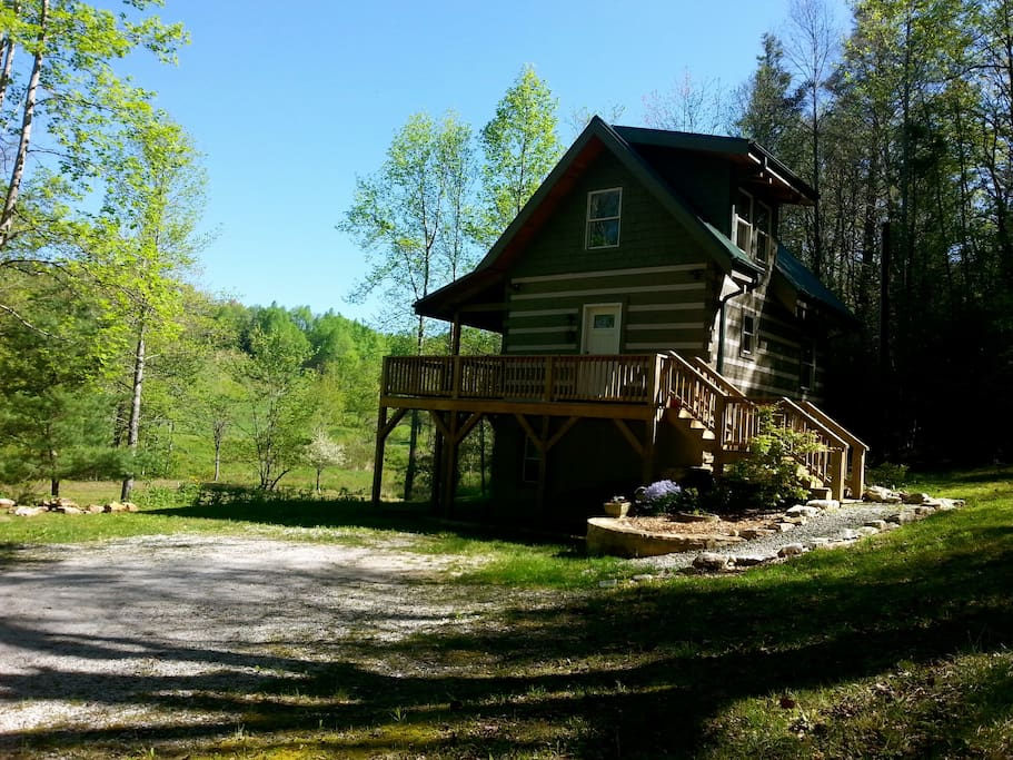 Little switzerland cabin cabins for rent in spruce pine - 4 bedroom cabins in north carolina ...
