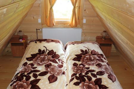 Rooftop apartment in a chalet - Brzegi - Hus